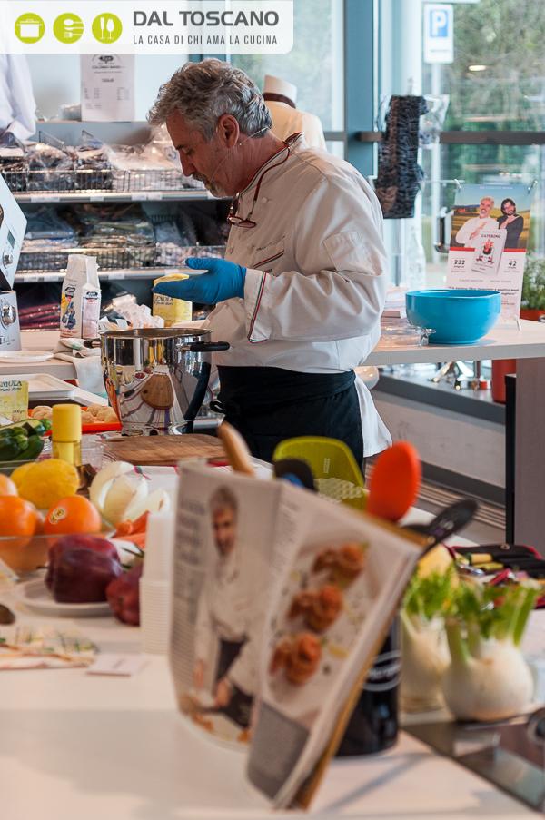 chef Claudio Menconi cucina Centro Casalinghi Dal Toscano Cerese Mantova
