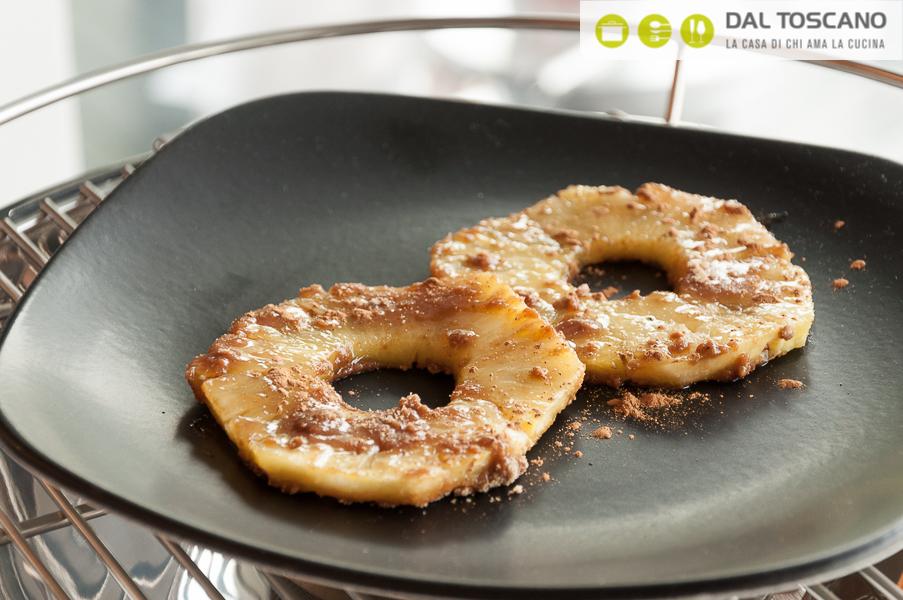 Ricetta Ananas grigliato con zucchero di canna e cannella di Serena Oliva