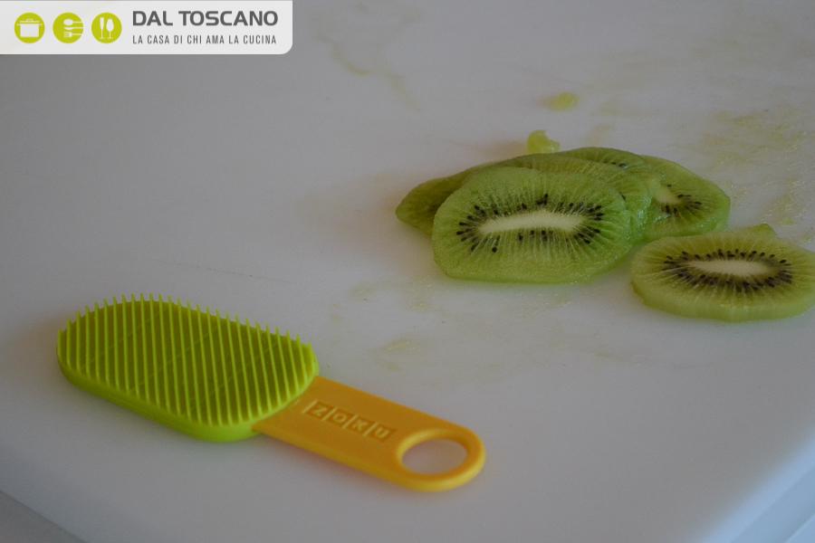 utensile per sbucciare i kiwi ZOKU