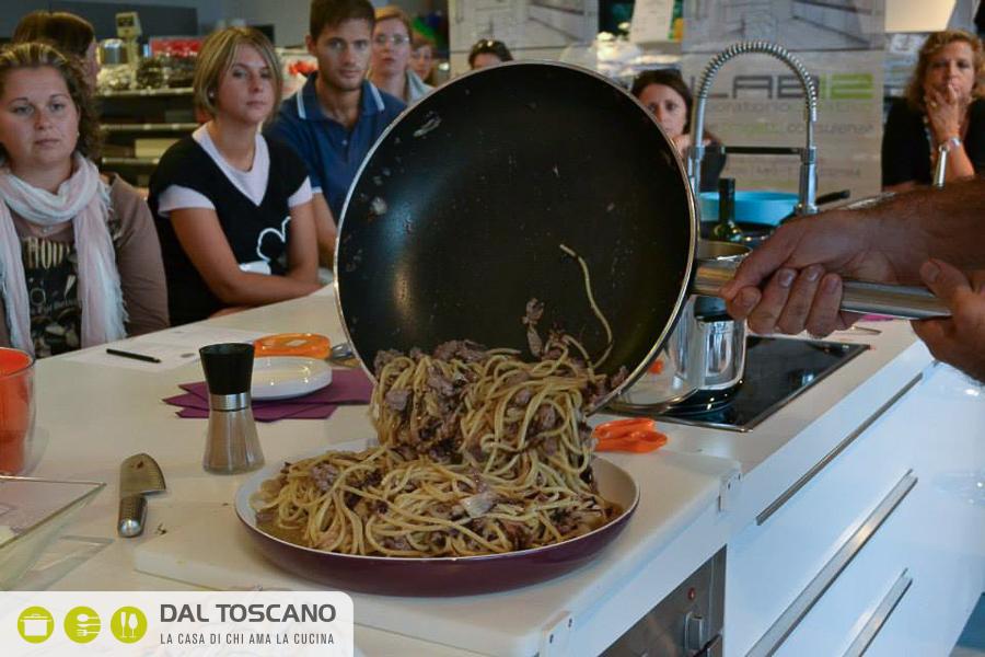 cucinare gli spaghetti
