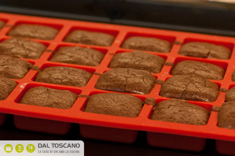 stampo silicone per brownie Lekue