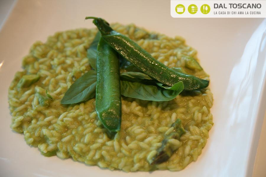 risotto piselli, asparagi e pesto leggero
