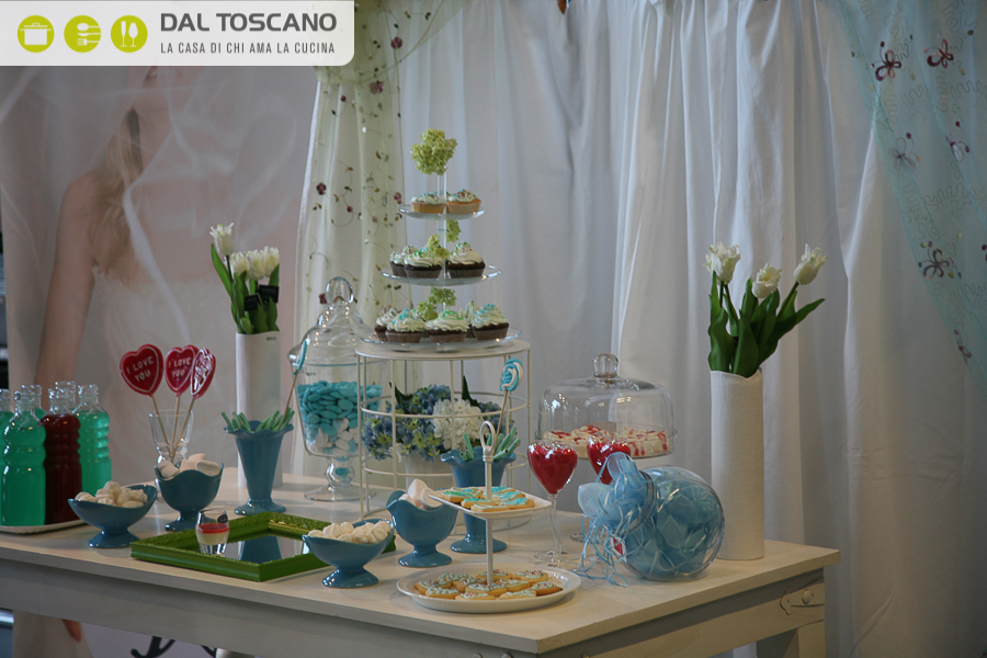28042012-candy table (13)