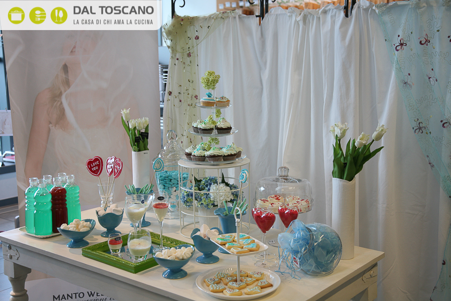 28042012-candy table (16)
