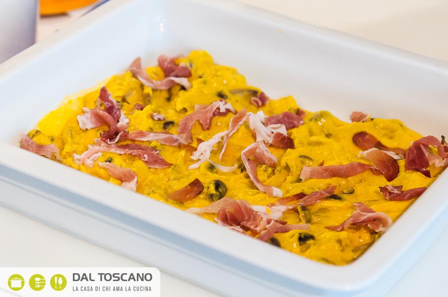 teglia lasagne di crespelle zucca, porcini e mascarpone