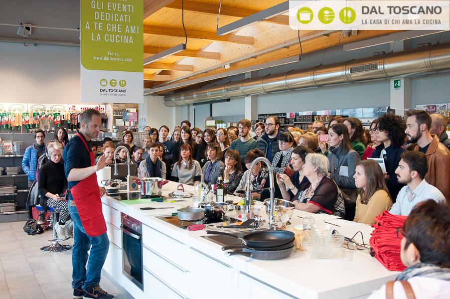 Simone Rugiati evento cucina Dal Toscano Mantova