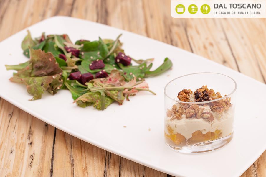 Bicchierini di zucca arrosto e insalata con barbabietola di Sara Codeluppi