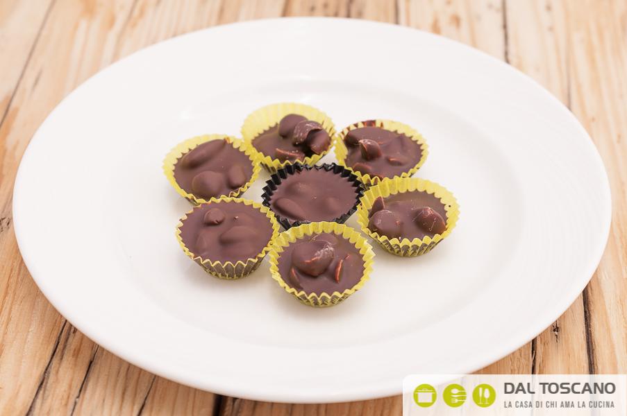 Ricetta cioccolatini alle mandorle Sara Codeluppi