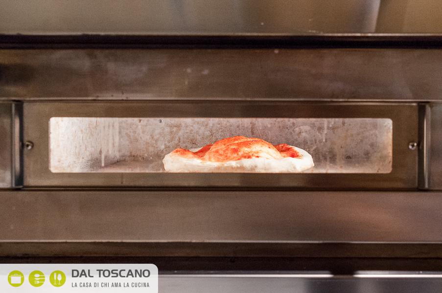 cuocere pizza napoletana in forno