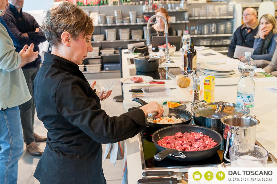 Elisabetta Arcari cucina Centro Casalinghi Dal Toscano