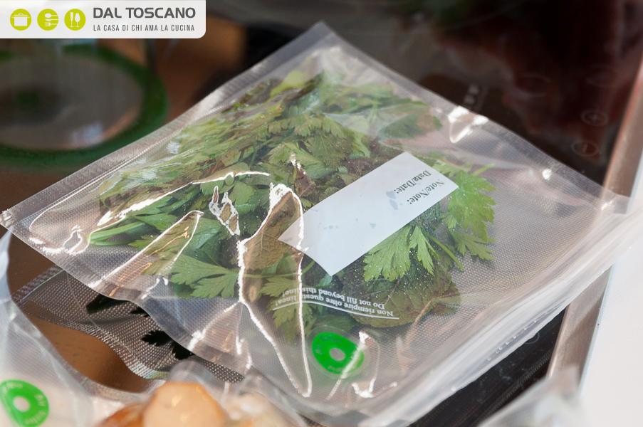 conservare erbe aromatiche sottovuoto