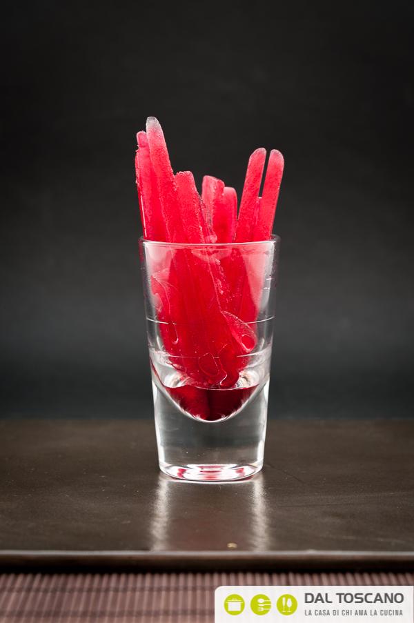 ghiaccioli nel bicchiere