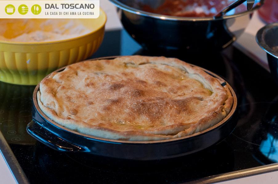 ricetta focaccia ripiena cime di rapa salsiccia